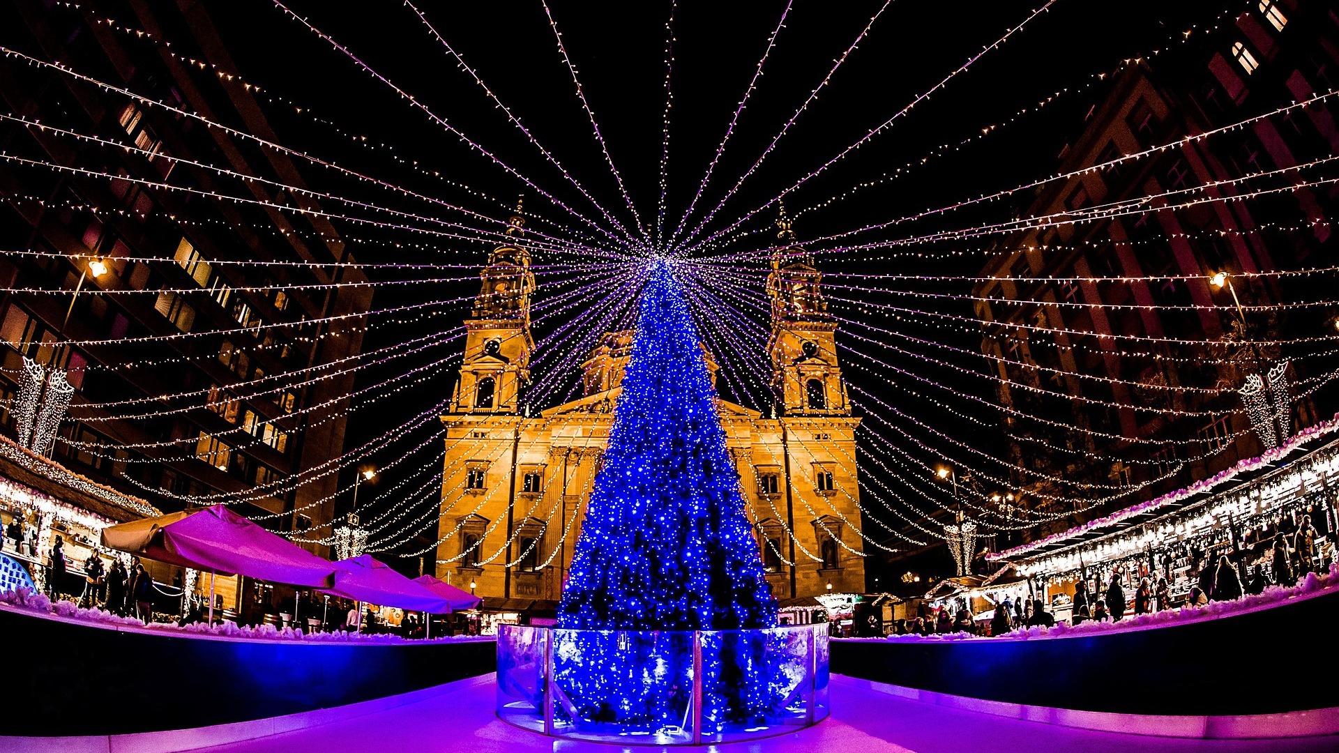 Advent Market at Basilica