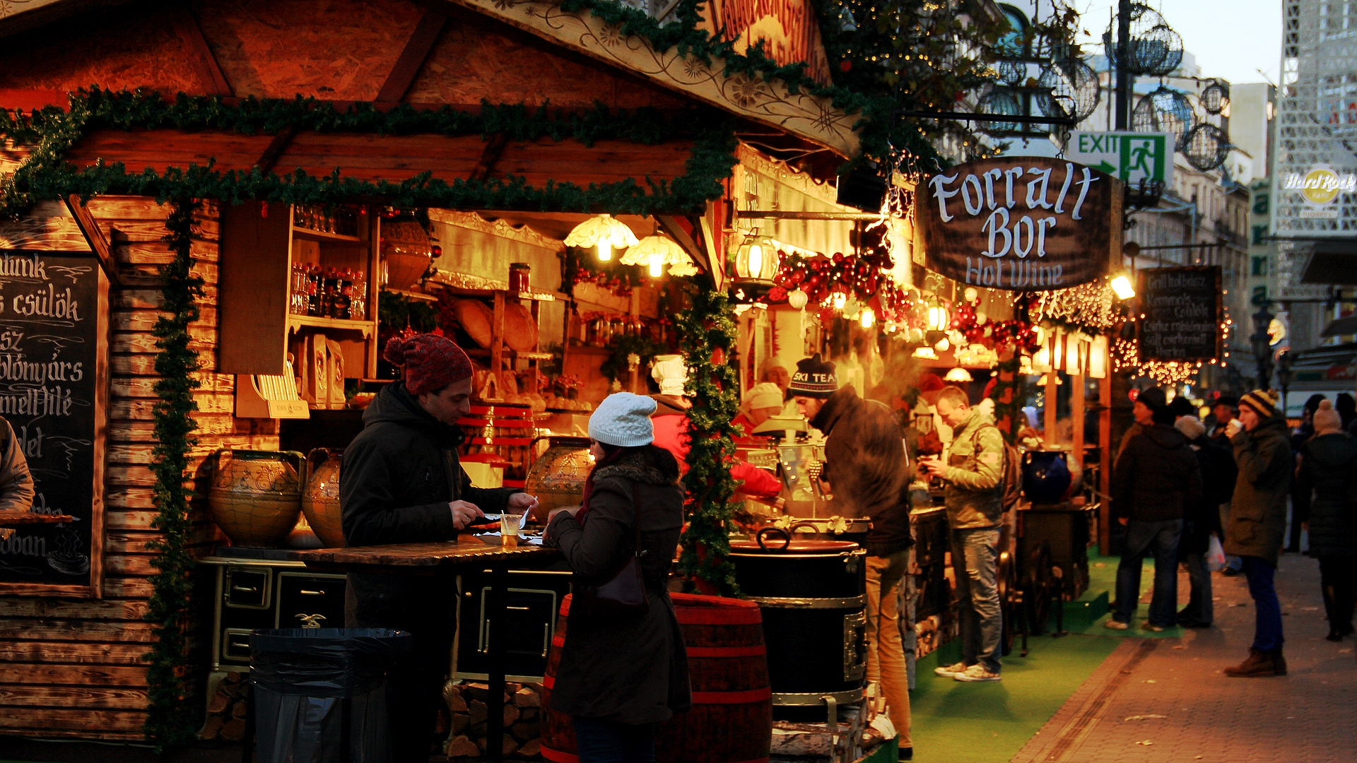 Seasons' Food Stalls |Christmas Market Budapest