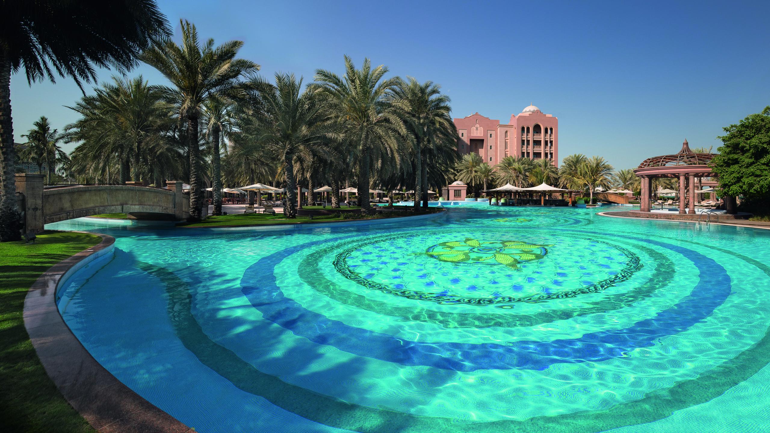 Cascades Adventure Pool Emirates Palace Abu Dhabi
