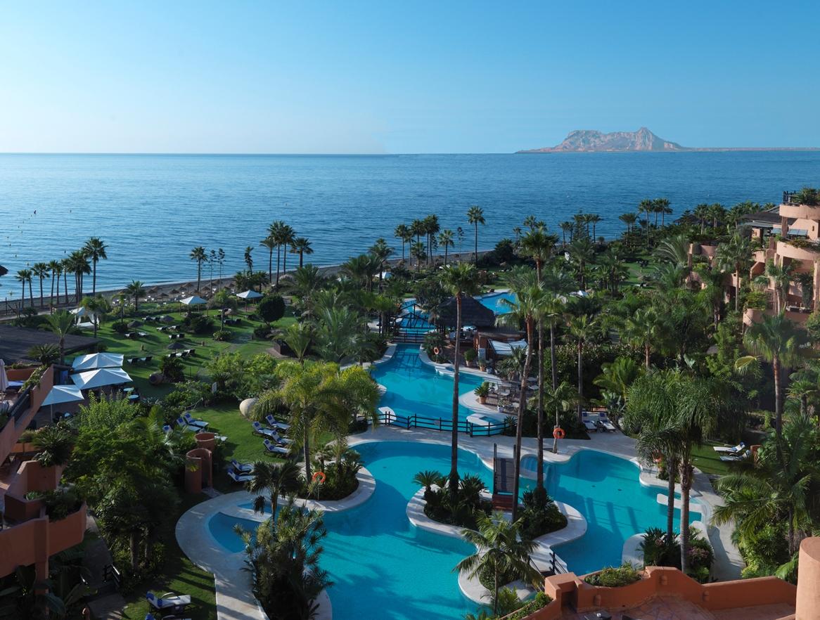Pool Garden Kempinski Hotel Bahía Estepona