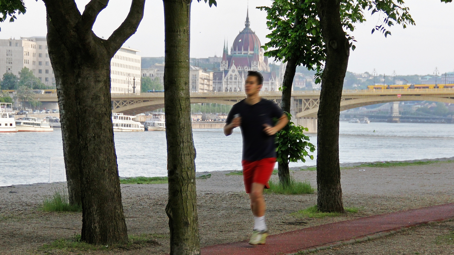 Jogging in Budapest